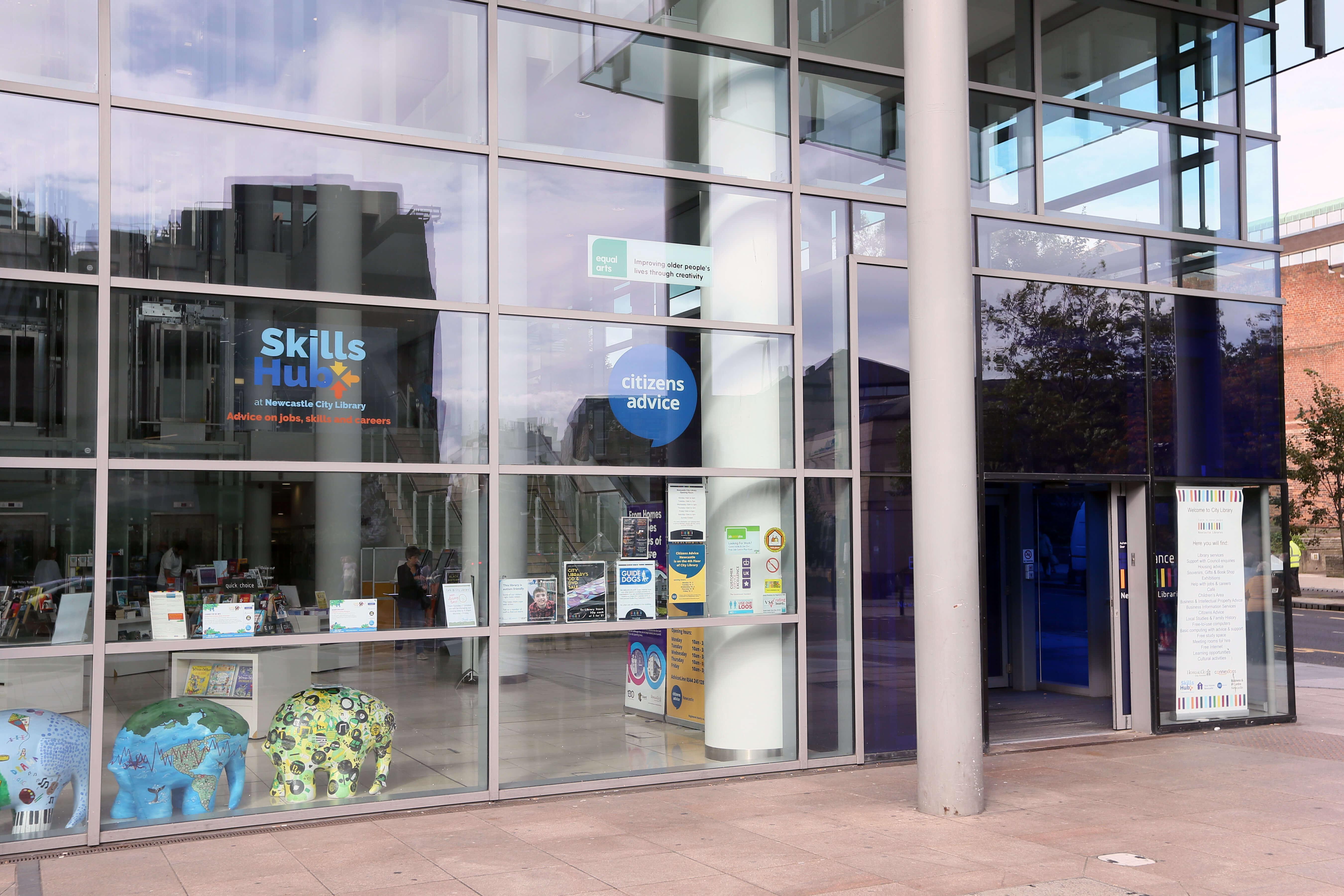 skills hub outside office